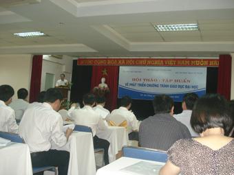 Quang cảnh tập huấn ngày 04.04 (Ảnh Chu Mộng Long)