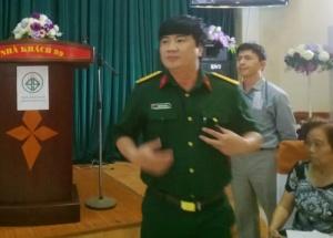 Nhà khoa học ngơ ngác vì người Việt tin đồng bóng hơn khoa học vì nó là... siêu khoa học!