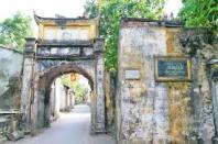 Cổng làng cổ Hà Nội